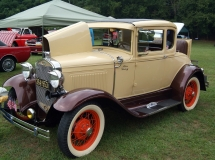 Photo of Standing Stone Antique Car Show